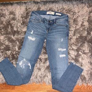 ◾️2/$10◾️HOLLISTER Low Rise Super Skinny Jeans 3R